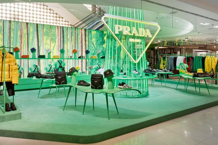 Поп-ап Prada в Париже (фото 7)