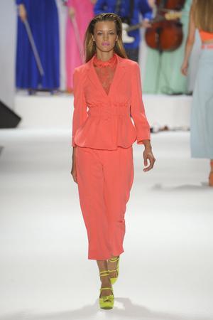 Показы мод Nanette Lepore Весна-лето 2012 | Подиум на ELLE - Подиум - фото 1999