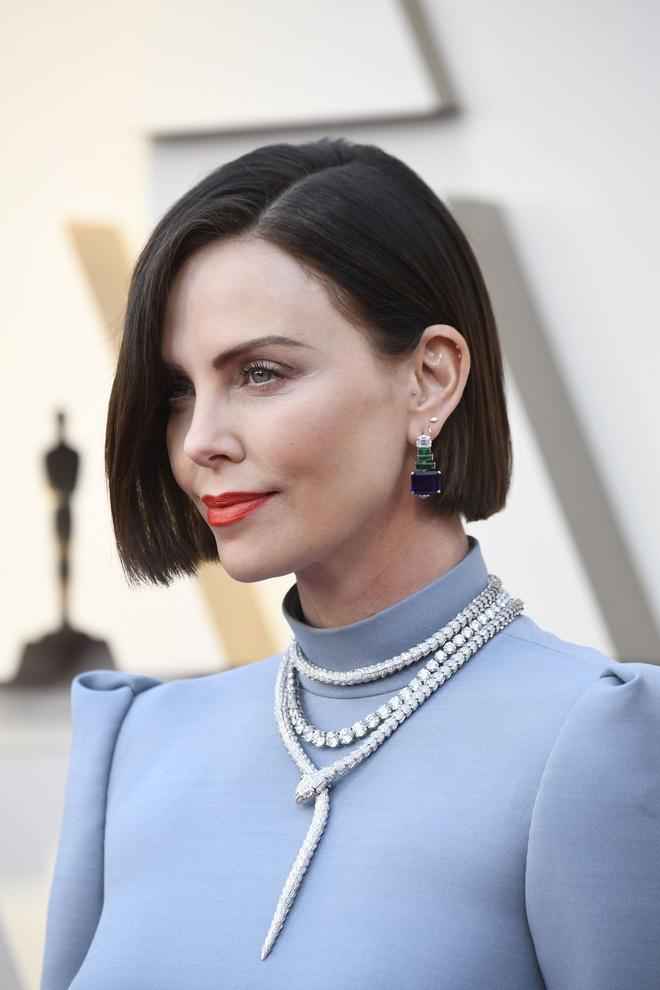 Макияж и укладки: 10 лучших бьюти-образов «Оскара-2019» (фото 1)