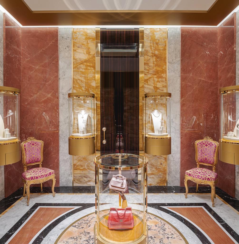 Экстравагантный бутик Dolce&Gabbana в Риме (галерея 14, фото 0)