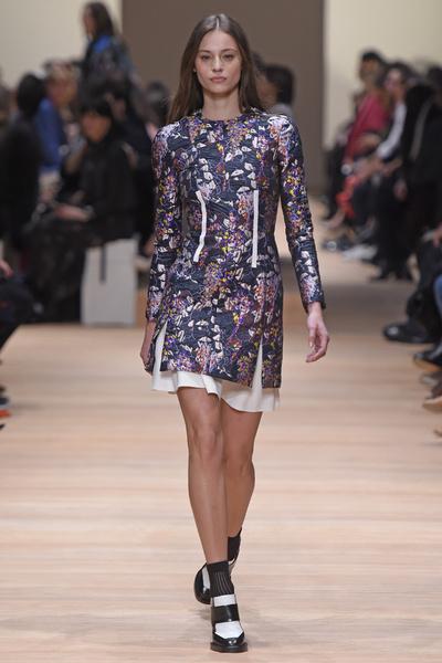 Неделя моды в Париже: 5 марта | галерея [2] фото [4]