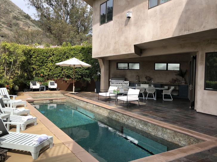Ева Лонгория продает свой дом в Голливуде (фото 0)