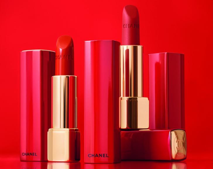 Лили-Роуз Депп представила сезонную коллекцию макияжа Chanel фото [1]