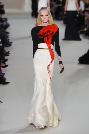 Показ Stephane Rolland коллекции сезона Весна-лето 2012 года Haute couture - www.elle.ru - Подиум - фото 331765