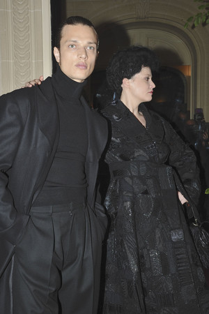 Показ Franc Sorbier коллекции сезона Осень-зима 2009-2010 года haute couture - www.elle.ru - Подиум - фото 87610