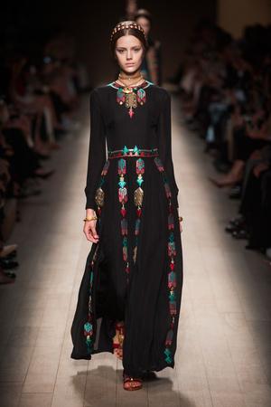 Показы мод Valentino Весна-лето 2014 | Подиум на ELLE - Подиум - фото 3690