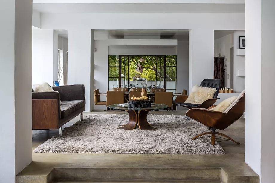 «Дом Самуэля-Новарро» по проекту Ллойда Райта вновь выставлен на продажу (галерея 7, фото 0)