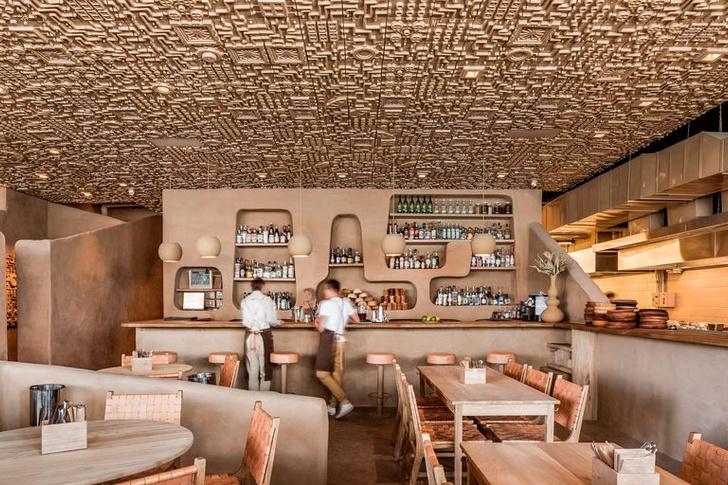 Ресторан с необычным потолком в Мексике (фото 0)