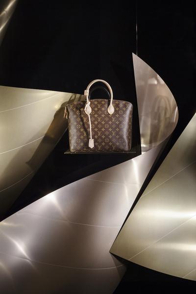 Louis Vuitton фото 2