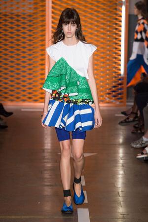 Показы мод MSGM Весна-лето  2017 | Подиум на ELLE - Подиум - фото 4673