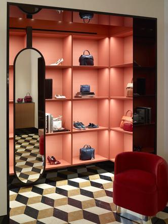 Обновленный бутик Tod's в Лондоне (фото 4.1)