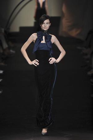 Показы мод Giorgio Armani Privé Осень-зима 2009-2010 | Подиум на ELLE - Подиум - фото 3263