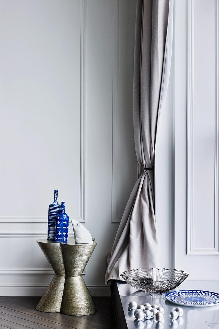 Тренд с обложки: синий цвет, хрусталь и серебро фото [7]