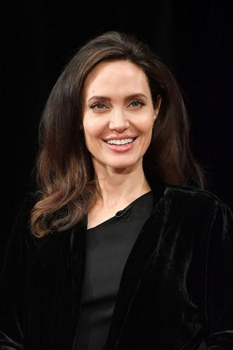 Лучший выход Анджелины Джоли после развода с Брэдом Питтом (фото 5)