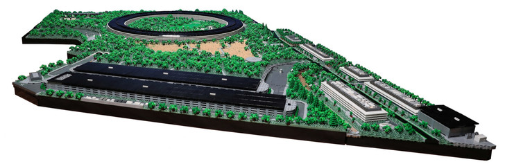 Lego Apple Park took its builder two years to complete (фото 2)