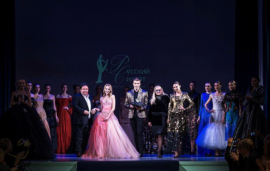 В особняке на Волхонке состоялась презентация fashion-календаря «Русский силуэт & Балет» фото [3]