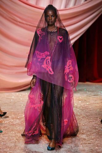 Побег из Самарканда: показ Ulyana Sergeenko Couture в Париже (фото 3.1)