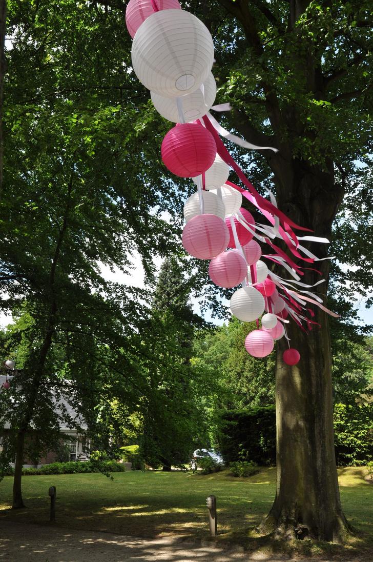 Летняя вечеринка в саду: 10 идей декора (фото 35)