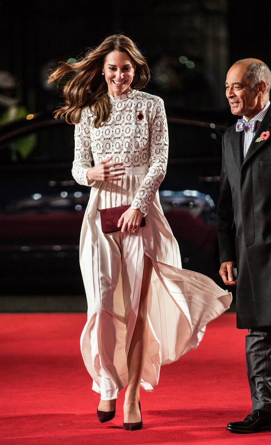 10 раз, когда Кейт Миддлтон пренебрегла королевским дресс-кодом фото [10]