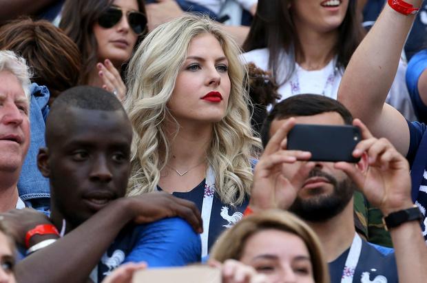 Самые красивые подруги французских футболистов (фото 3)