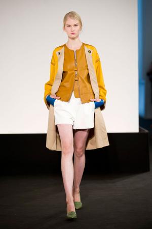 Показы мод Hermes Весна-лето 2013 | Подиум на ELLE - Подиум - фото 1009