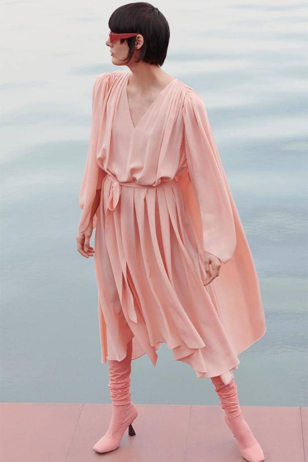 Какая древняя богиня послужила вдохновением для новой коллекции Givenchy? (фото 5)