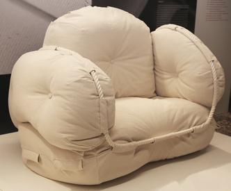 Облачные кресла студии Faye Toogoo (фото 2.1)