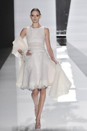 Показы мод Chado Ralph Rucci Весна-лето 2010 | Подиум на ELLE - Подиум - фото 3097