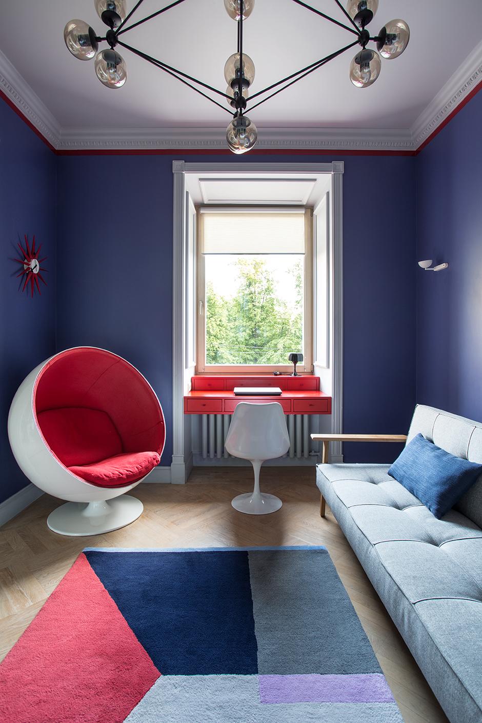 С чем комбинировать синий и его оттенки: 20 универсальных примеров (галерея 1, фото 2)