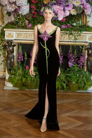 Показ Alexis Mabille коллекции сезона Осень-зима 2013-2014 года Haute couture - www.elle.ru - Подиум - фото 556526