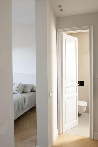 Квартира в стиле мидсенчури в Барселоне (фото 21.1)