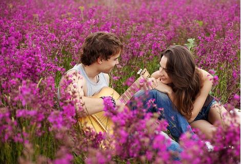 Наш прованс!Он,я,поле цветов,свобода и счастье!