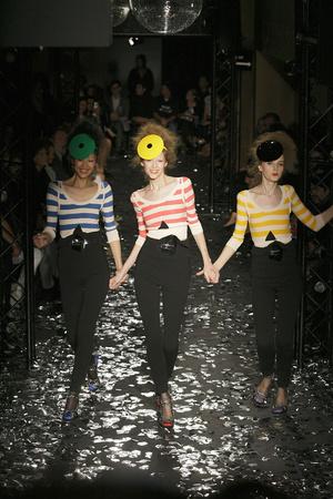 Показы мод Sonia Rykiel Весна-лето 2010 | Подиум на ELLE - Подиум - фото 2931