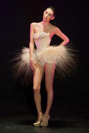 Показ Serkan Cura коллекции сезона Весна-лето 2014 года Haute couture - www.elle.ru - Подиум - фото 575323