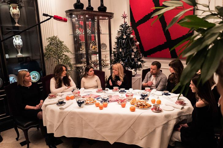 Выставка новогодних елей российских модельеров в Москве (фото 2)