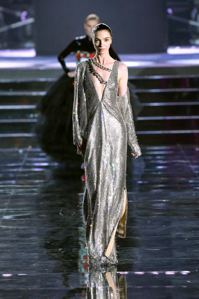 Просто потрясающе: Белла и Джиджи Хадид, Джоан Смоллс и все-все супермодели на шоу во Флоренции (фото 13)