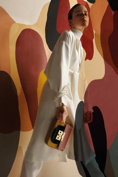 Uterque представили арт-проект с художницей Клаудией Валселс | галерея [1] фото [3]