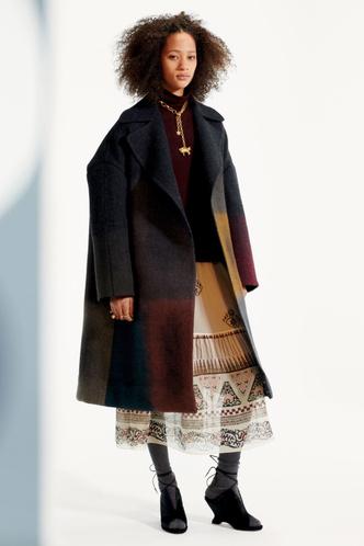 Стиль великих художниц в Dior Pre-Fall 2019 (фото 2.1)
