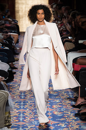 Показы мод Brandon Maxwell Весна-лето  2017 | Подиум на ELLE - Подиум - фото 4590