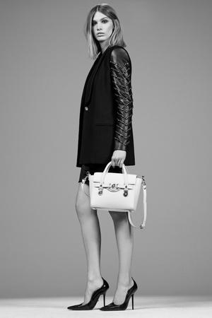 Показ Versace коллекции сезона Pre-fall   2014 года Prêt-à-porter - www.elle.ru - Подиум - фото 573391