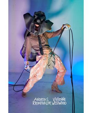 Королева провокации: абсолютно голая Наоми Кэмпбелл в кампании Vivienne Westwood (фото 3.2)