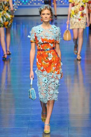 Показы мод Dolce & Gabbana Весна-лето 2012 | Подиум на ELLE - Подиум - фото 1868