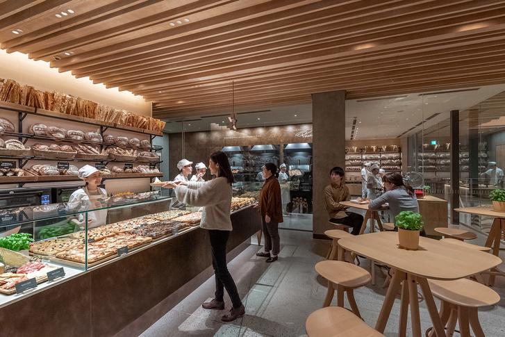 Starbucks Reserve Roastery по дизайну Кенго Кумы в Tokyo (фото 9)