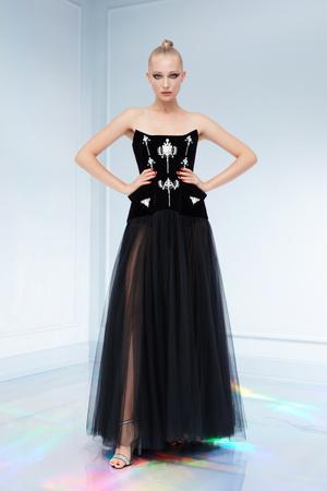 Maison Bohemique представил лукбук коллекции couture осень-зима 18/19 (фото 29.1)