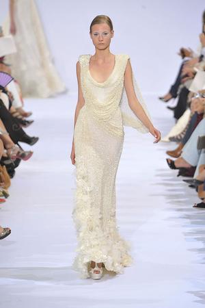 Показ Elie Saab коллекции сезона Осень-зима 2009-2010 года haute couture - www.elle.ru - Подиум - фото 87537