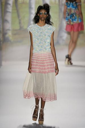 Показы мод Tracy Reese Весна-лето 2012 | Подиум на ELLE - Подиум - фото 2052