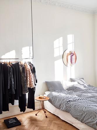 Маленькая спальня: 7 практичных решений (фото 6.1)