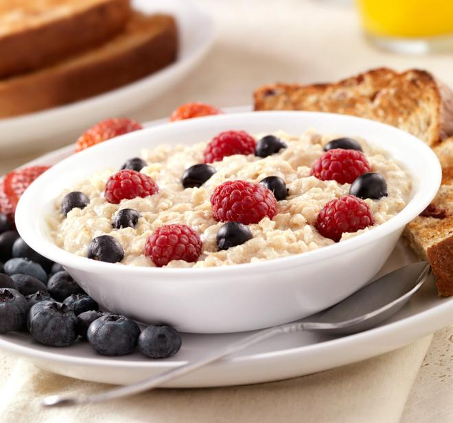 Что происходит с телом, когда вы едите овсянку каждое утро фото [2]