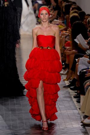 Показ Giambattista Valli коллекции сезона Осень-зима 2011-2012 года Haute couture - www.elle.ru - Подиум - фото 277051