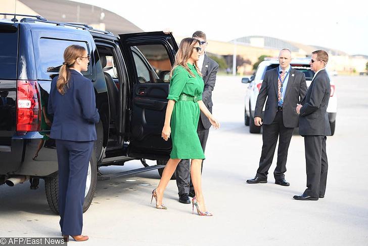 Мелания Трамп прилетела в Западную Вирджинию фото [1]